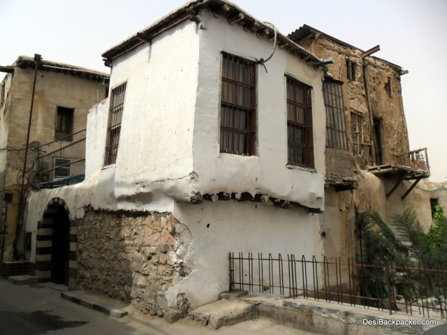 Old houses in Damascus: probably not structurally the strongest, but at least they look nice!